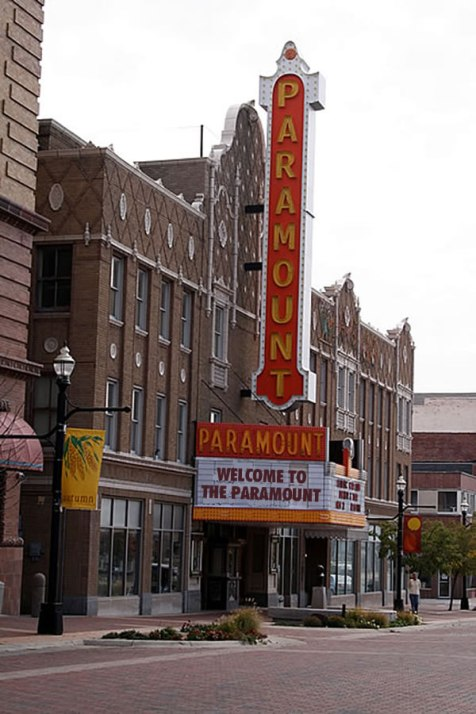 Paramount Theatre in Anderson