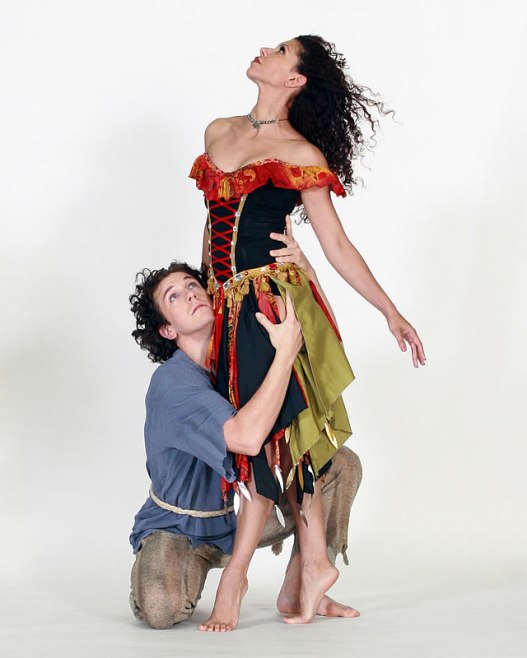 """""""The Hunchback of Notre Dame"""" at Gregory Hancock Dance Theatre"""