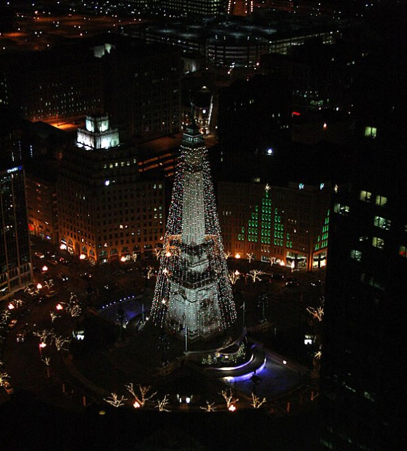 Monument Circle at Christmas time