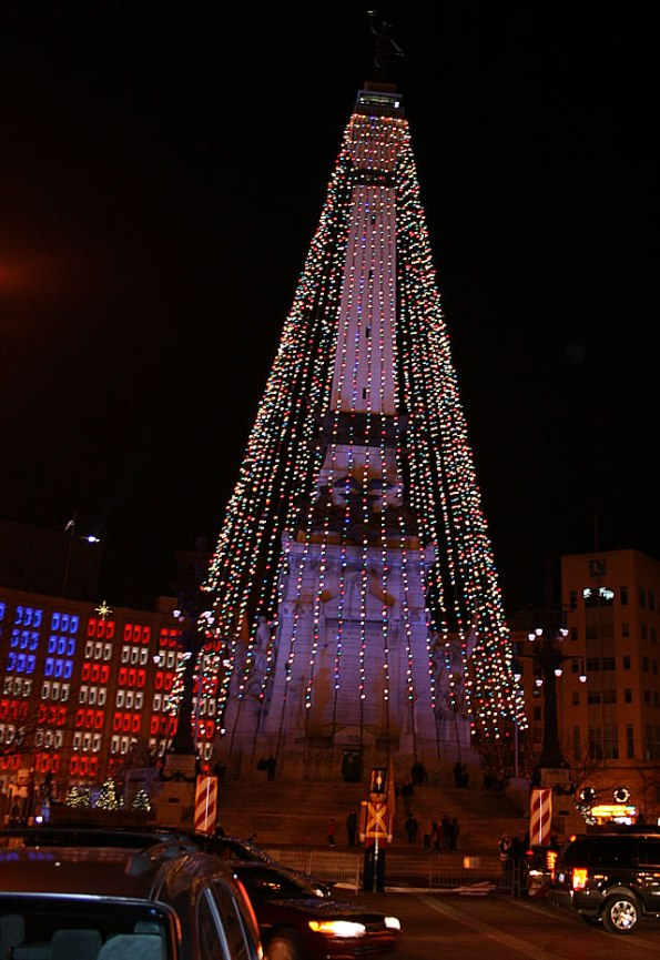 Monument Circle at Christmas time.