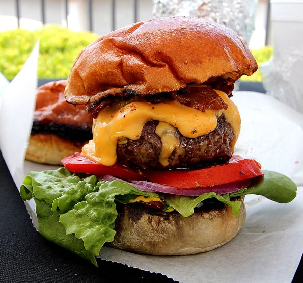 Fat Dan's Deli cheeseburger.