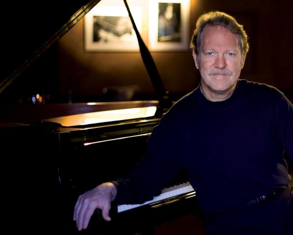 Pianist Steve Allee
