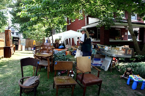 Woodruff Place Flea Market