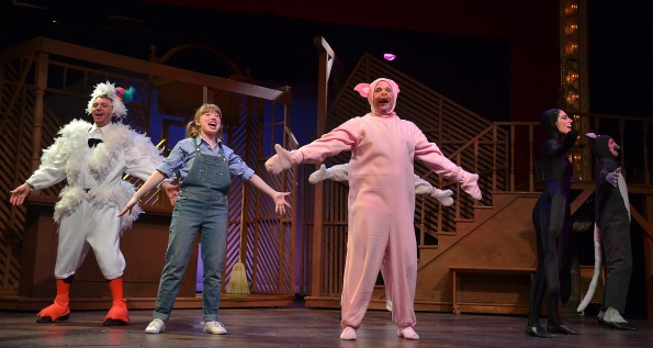 """Charlotte's Web"" at Beef and Boards Dinner Theatre."