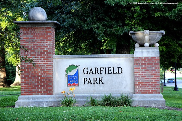 garfield-park-sign