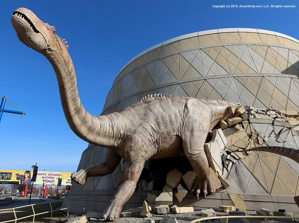 childrens-museum-dinosaur-01-31-2015