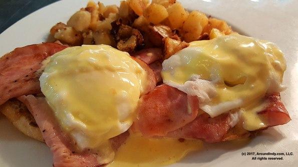 rosies-place-eggs-benedict