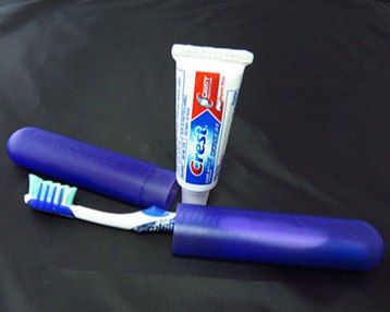 amtrak-toothbrush