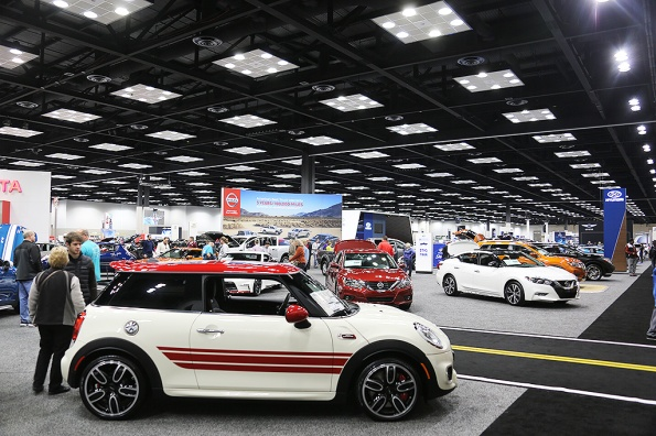 indy-auto-show-hall-dec-29-2016