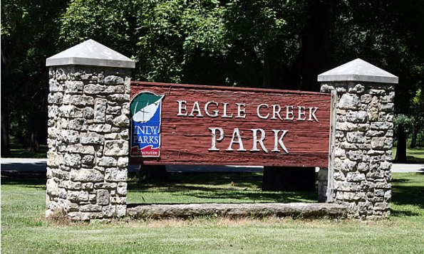 eagle-creek-park-sign