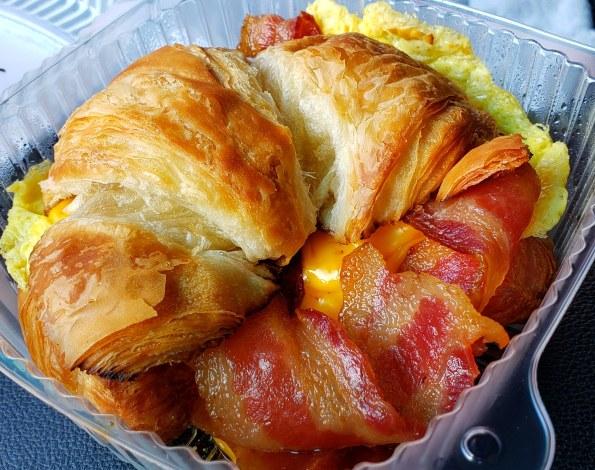 clustertruck-breakfast-croissant